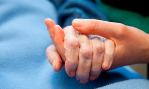 young-elderly-care-007